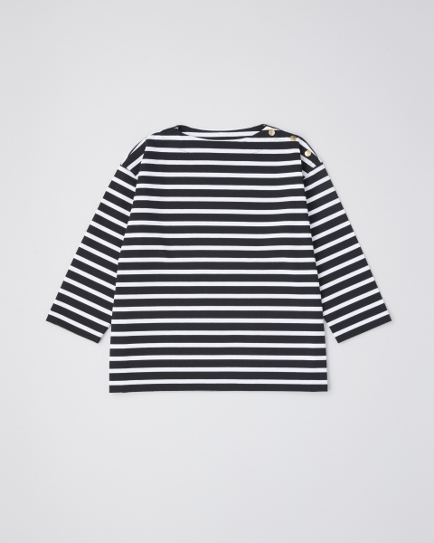BF CREW NECK WITH DOT BUTTON