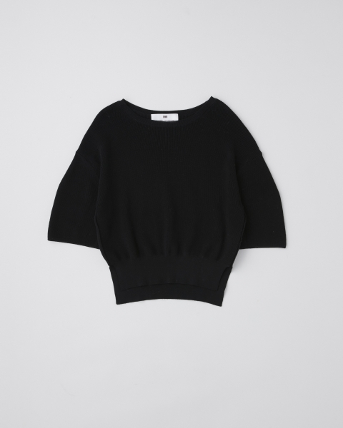 CREW NECK MIDDLE SLEEVE TOP